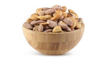 ALRAYHAN HEART SALTED MIXES NUTS 500 G