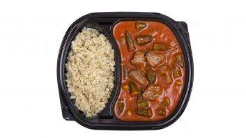 بامية باللحم مع أرز القرنبيط
