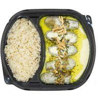 Kitchenette Beef Stuffed Zucchini WITH YOGURT SAUCE