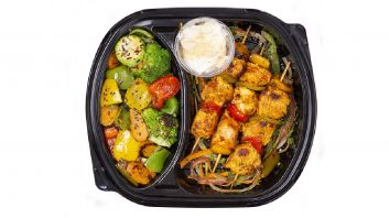 Shish tawook with vegetables